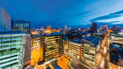 The One Snowhill is located in the vibrant neighbourhood of the Birmingham CBD.